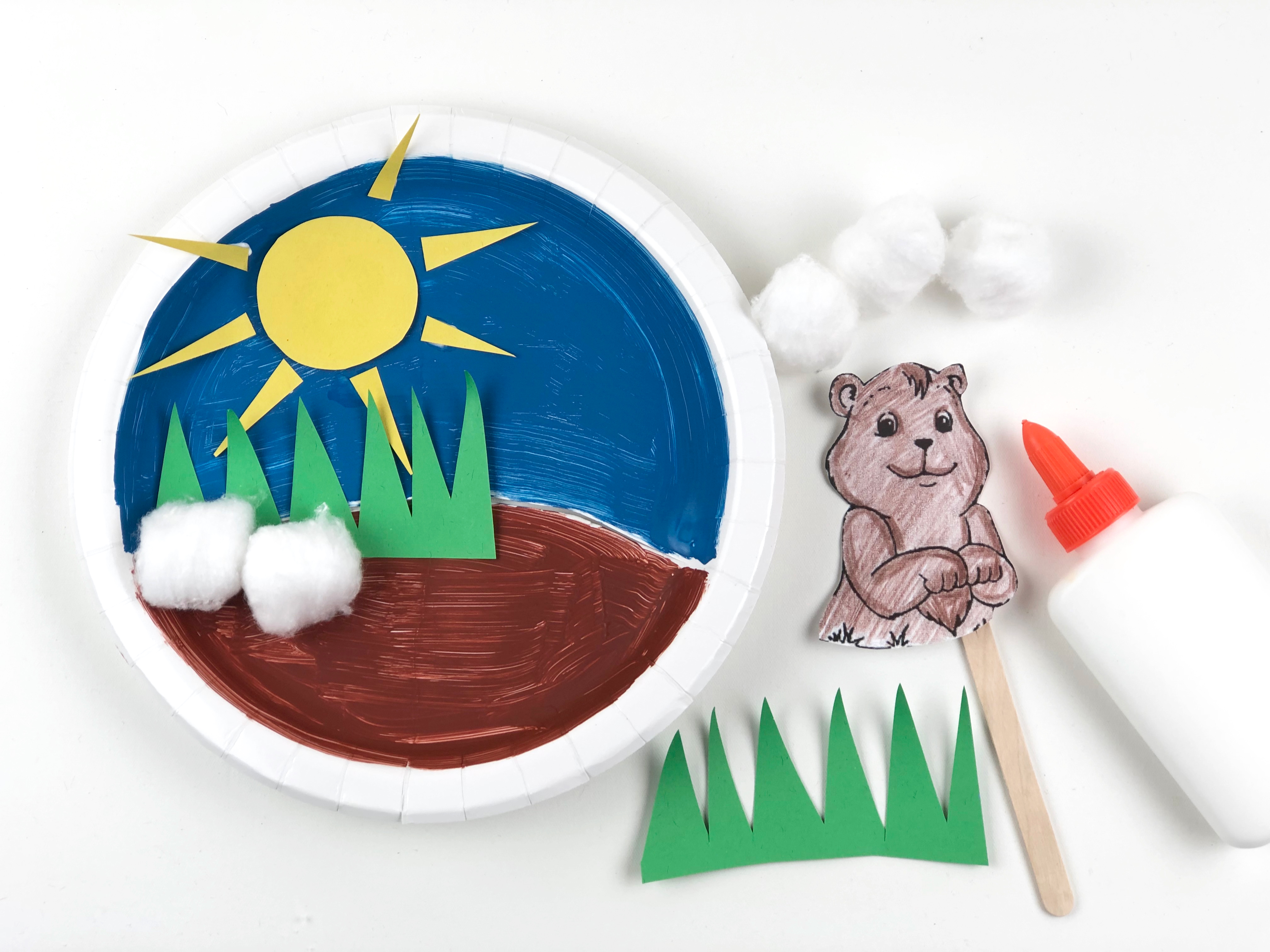Groundhog Day Paper Plate Craft step 3