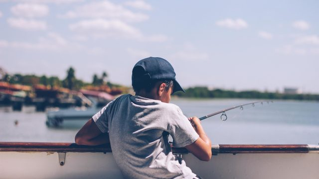 Beginner Tips for Fishing With the Family