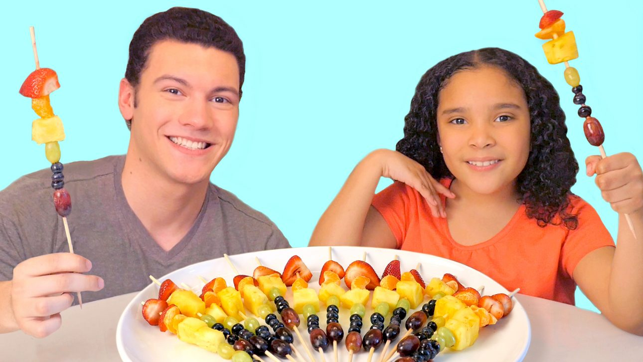 How to Make Rainbow Fruit Snacks
