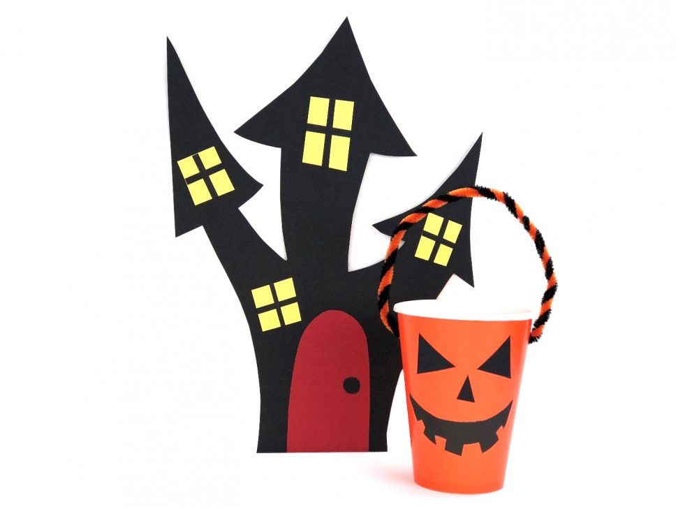 Haunted House Craft house final